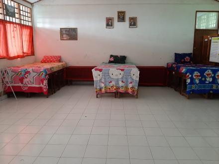 PEMDES Tinggarsari bersama Bhabinkamtibmas dan Babinsa menyediakan Tempat Isolasi khusus untuk Peker
